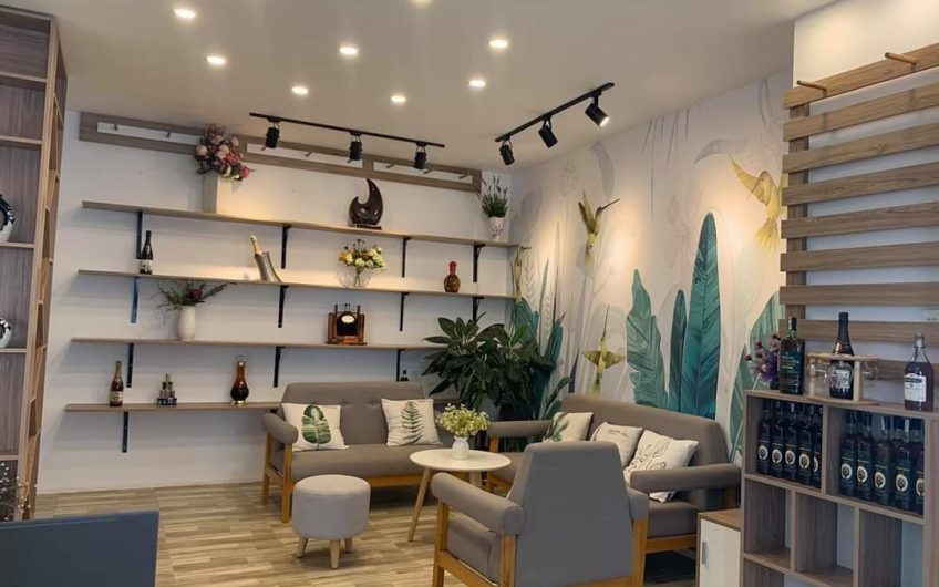 Bán nhà Trung tâm bờ hồ Bảo Lộc đang kinh doanh caffe tốt